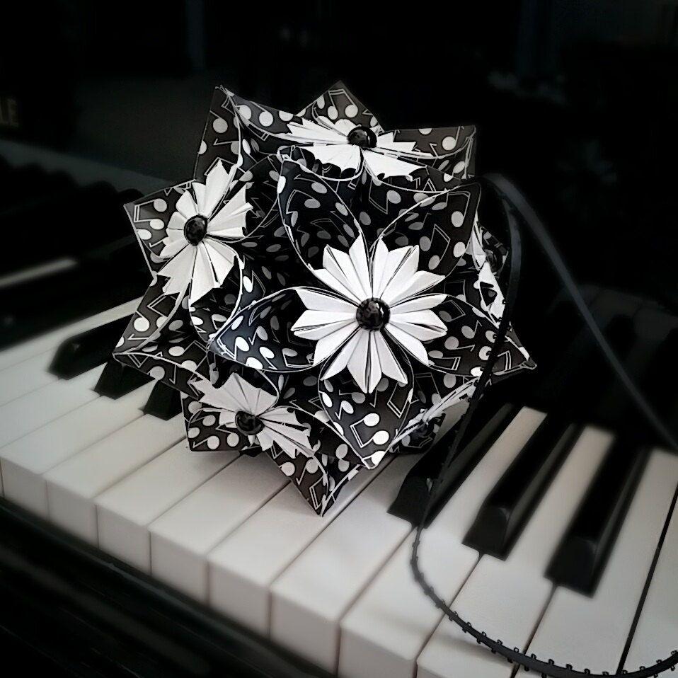 Music Note Paper Flower Ball Kusudama Flower Pomander Ornament
