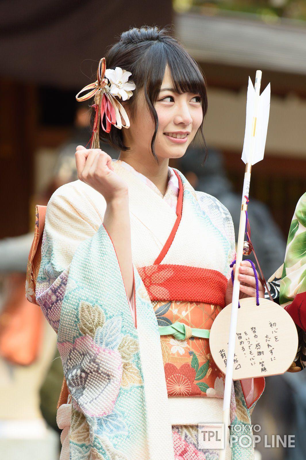 髪のアクセサリーが素敵な生田絵梨花さん