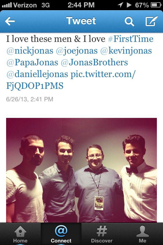 Momma Jonas' tweet