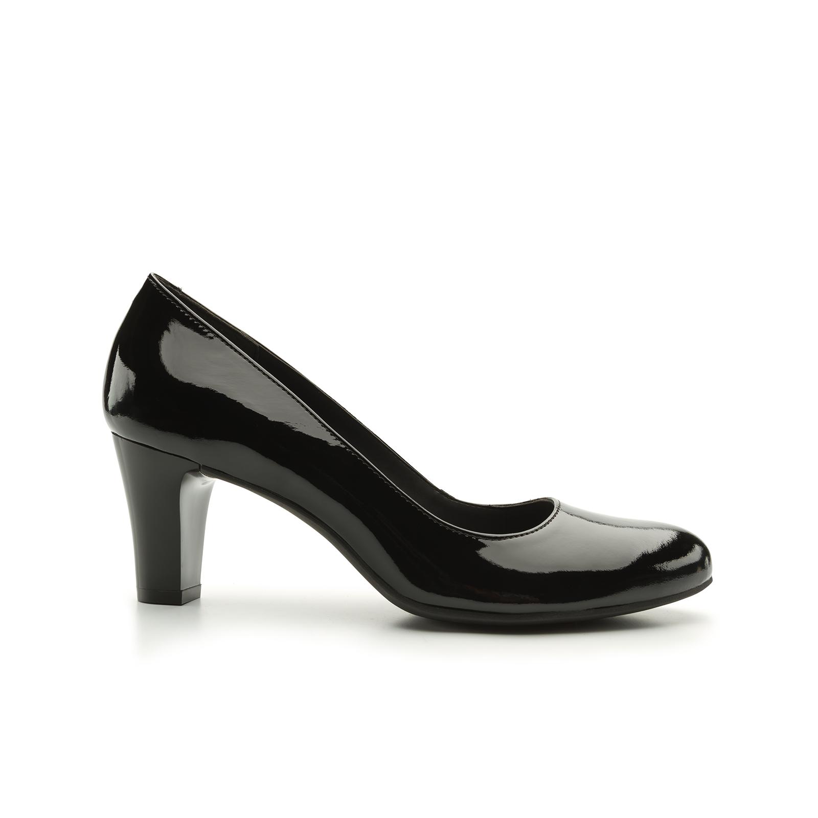 Zapatilla clásica charol | Zapatos, Charol y Zapatos flexi