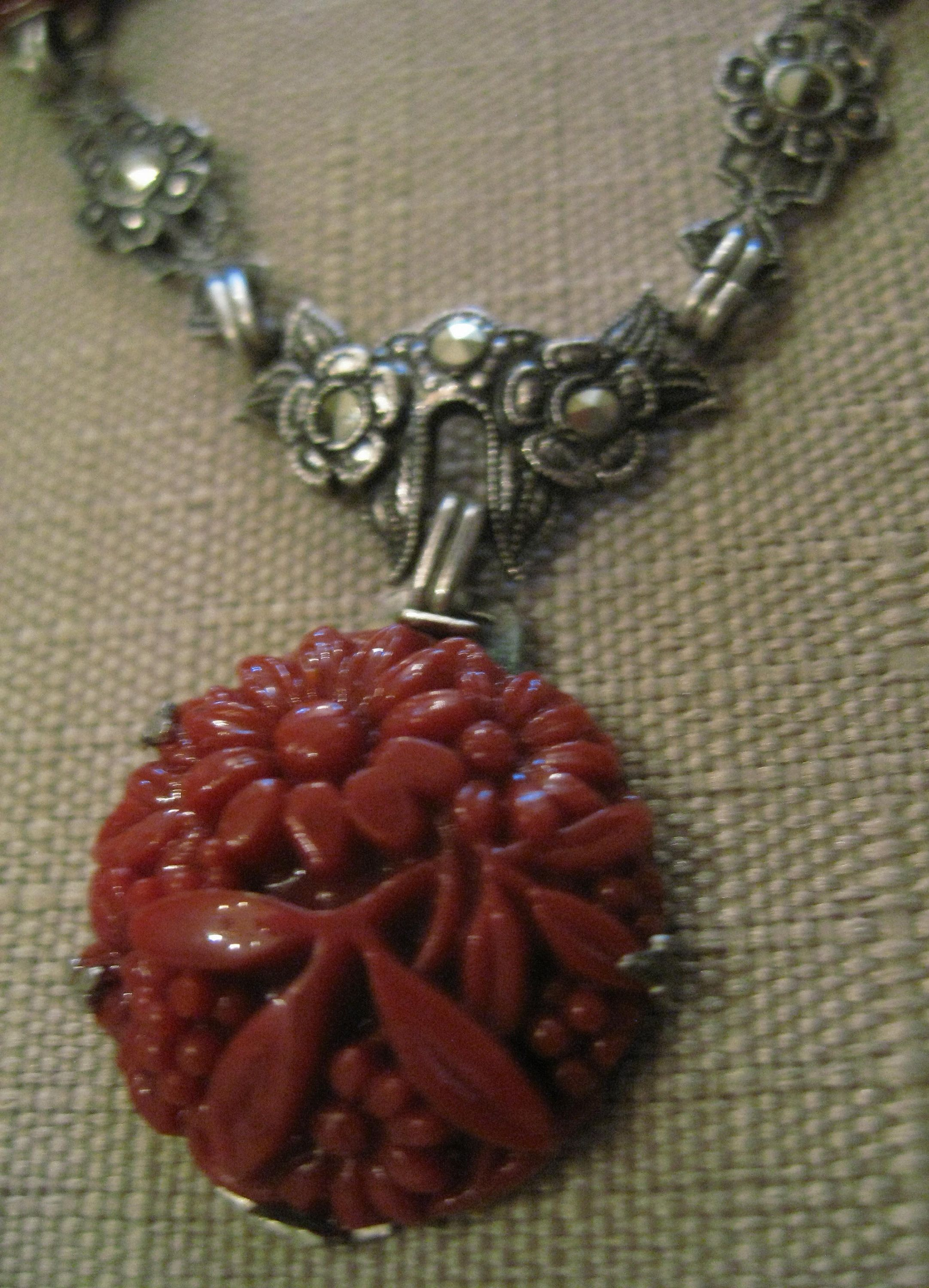 Vintage Marked 925 Art Nouveau Style Collar Necklace  with Floral Design