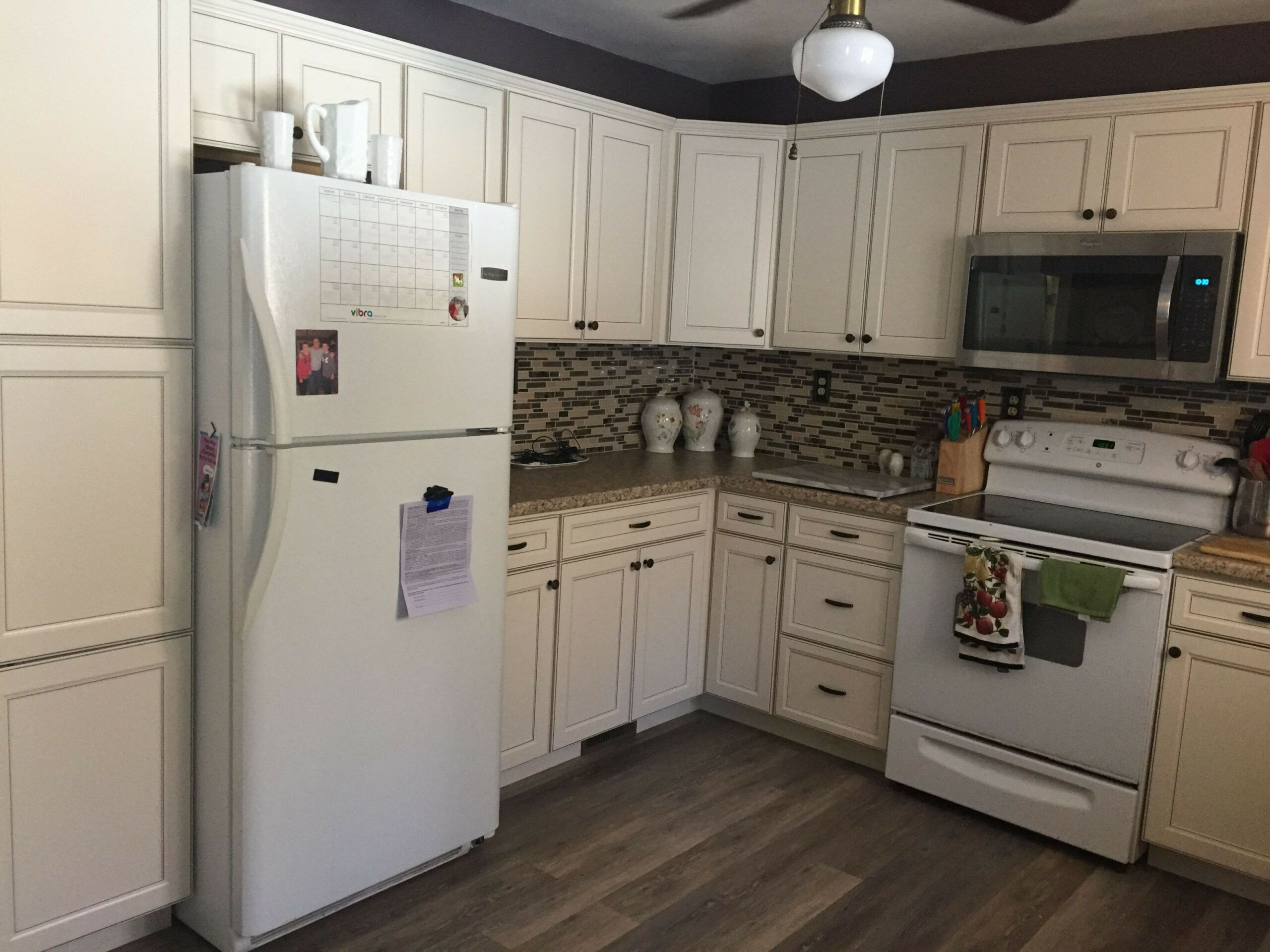 15 Custom Kitchen Cupboards Lowes August 2 2018 Kevin Brasler Boutique About Afore Affairs Countertops Kristi King Bedroom Cabinets Check More At Ht Di 2020