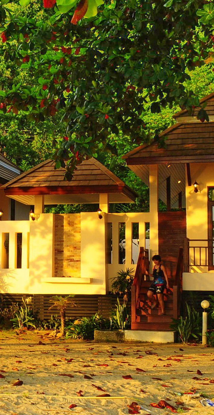 Siam Beach Resort on the Ta Nam