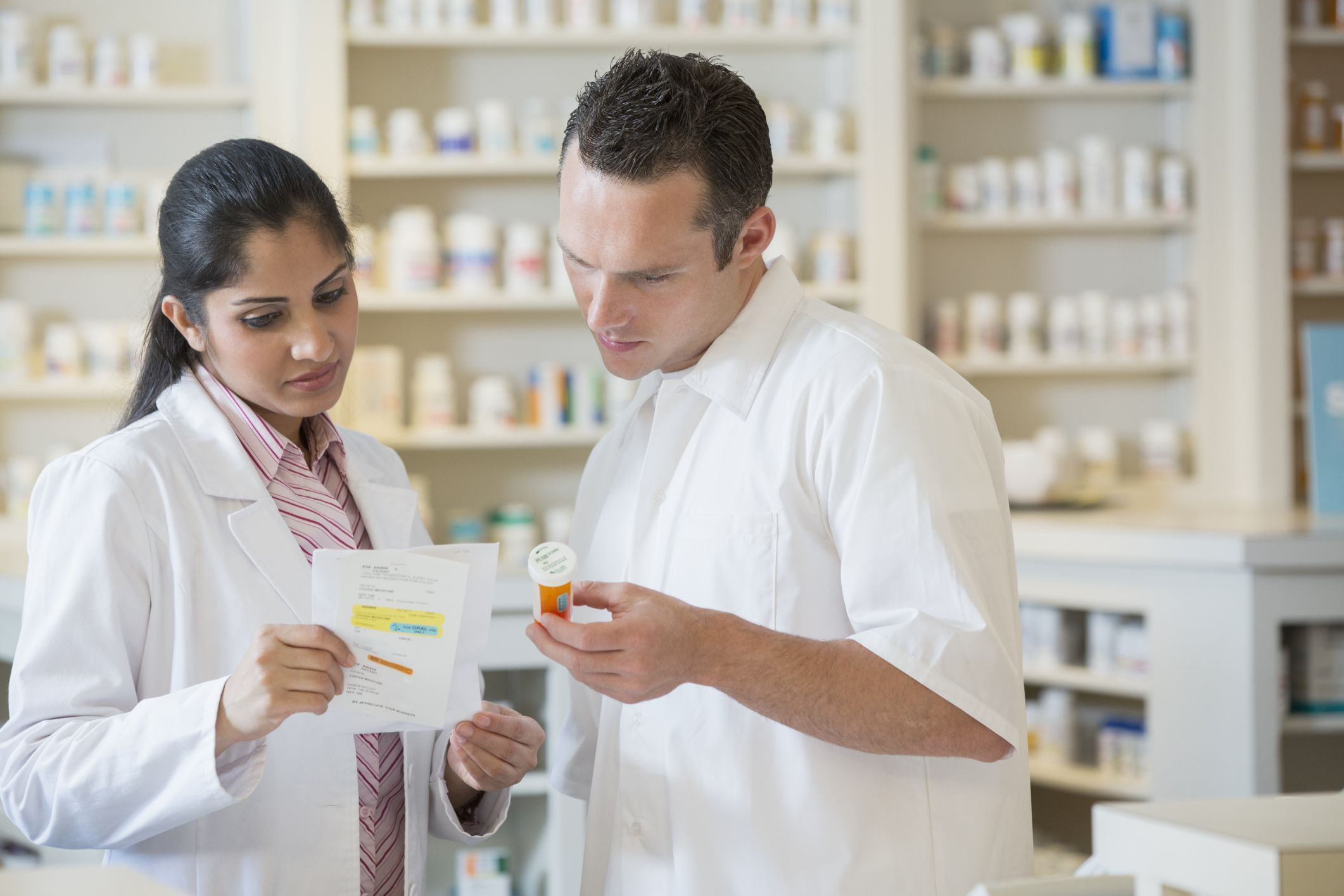 Important Skills for Pharmacy Technician Jobs (With images