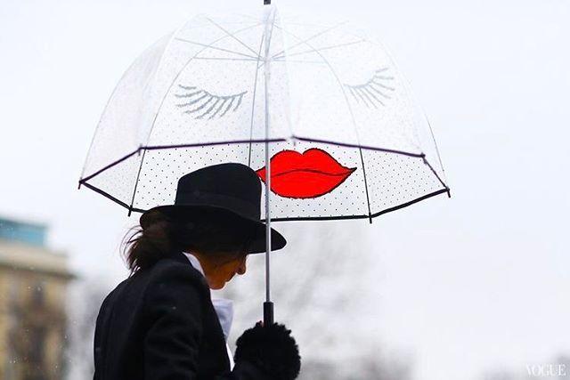Jó reggelt!  #monday #gettheraincoat #inspiration #mood #friday #raincoat #umbrella #hat #happyday #milan #streetstyle #style #fashion #elle #ellehungary  via ELLE HUNGARY MAGAZINE OFFICIAL INSTAGRAM - Fashion Campaigns  Haute Couture  Advertising  Editorial Photography  Magazine Cover Designs  Supermodels  Runway Models