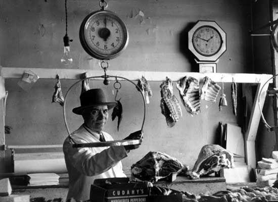 Butcher Shop 1950 Rhode Island Jpg 550 400 Rhode Island History Butcher Shop Newport Rhode Island