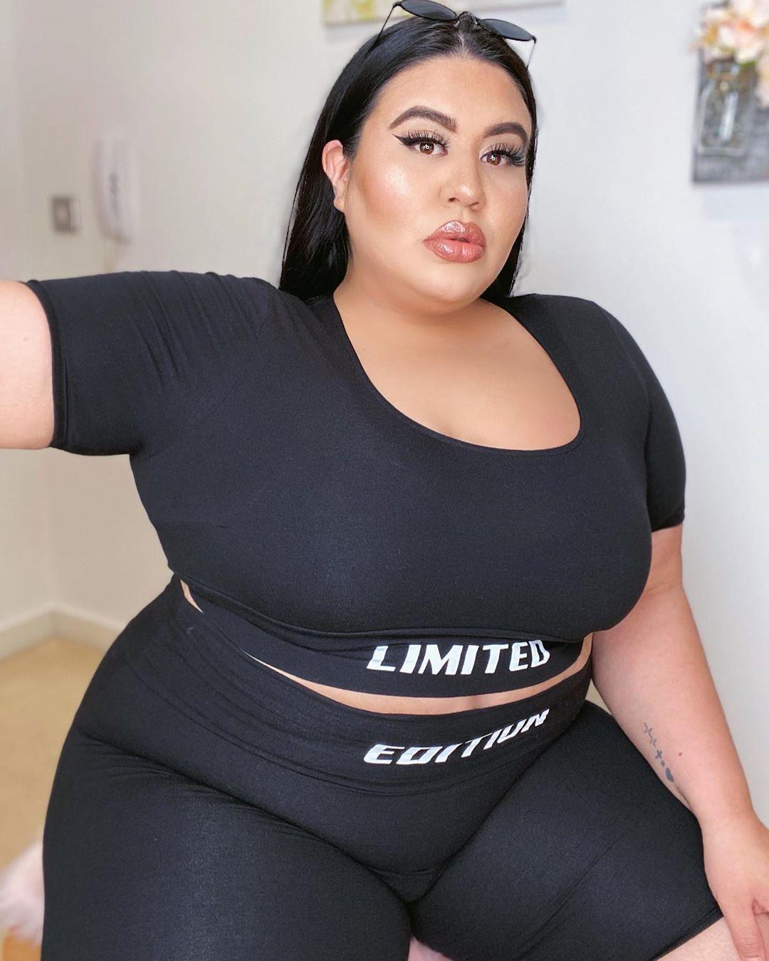 Big Tits Lesbian Strap Doggy