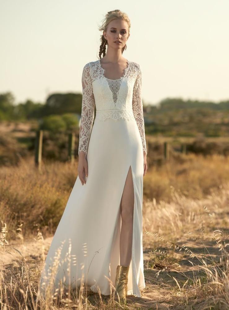 051e11d2 MOCCASIN brudekjole i 2019   Gatsby wedding   Bridal dresses ...