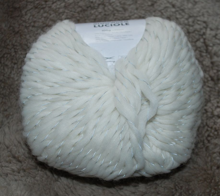 Reflecting yarn, white, Leonora