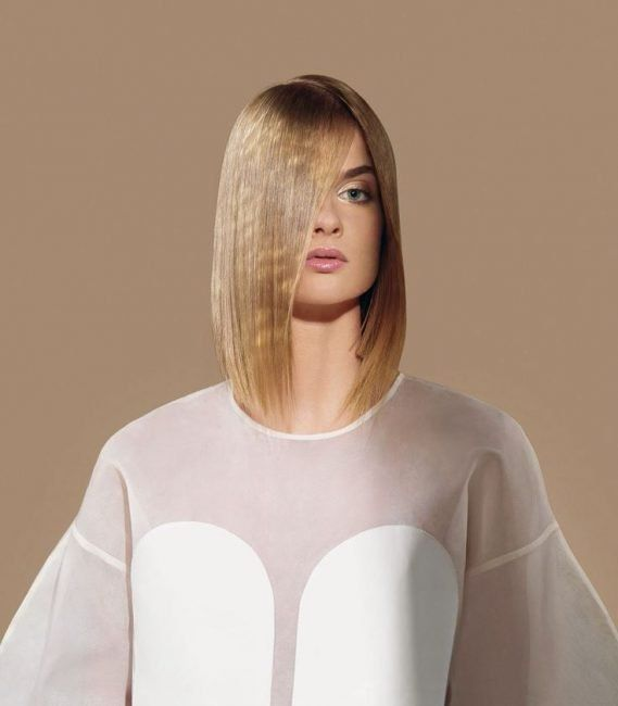 Taglio capelli medi donna moda 2020