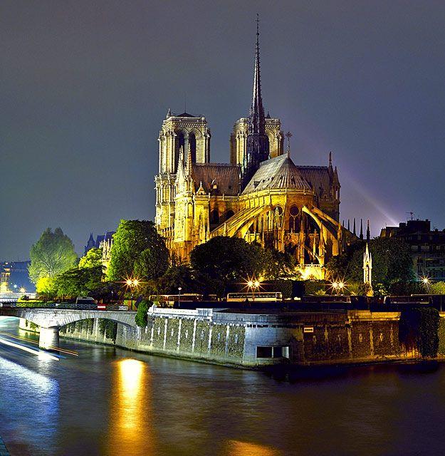 Ile De La Cite, Notre Dame Cathedral, Paris IV