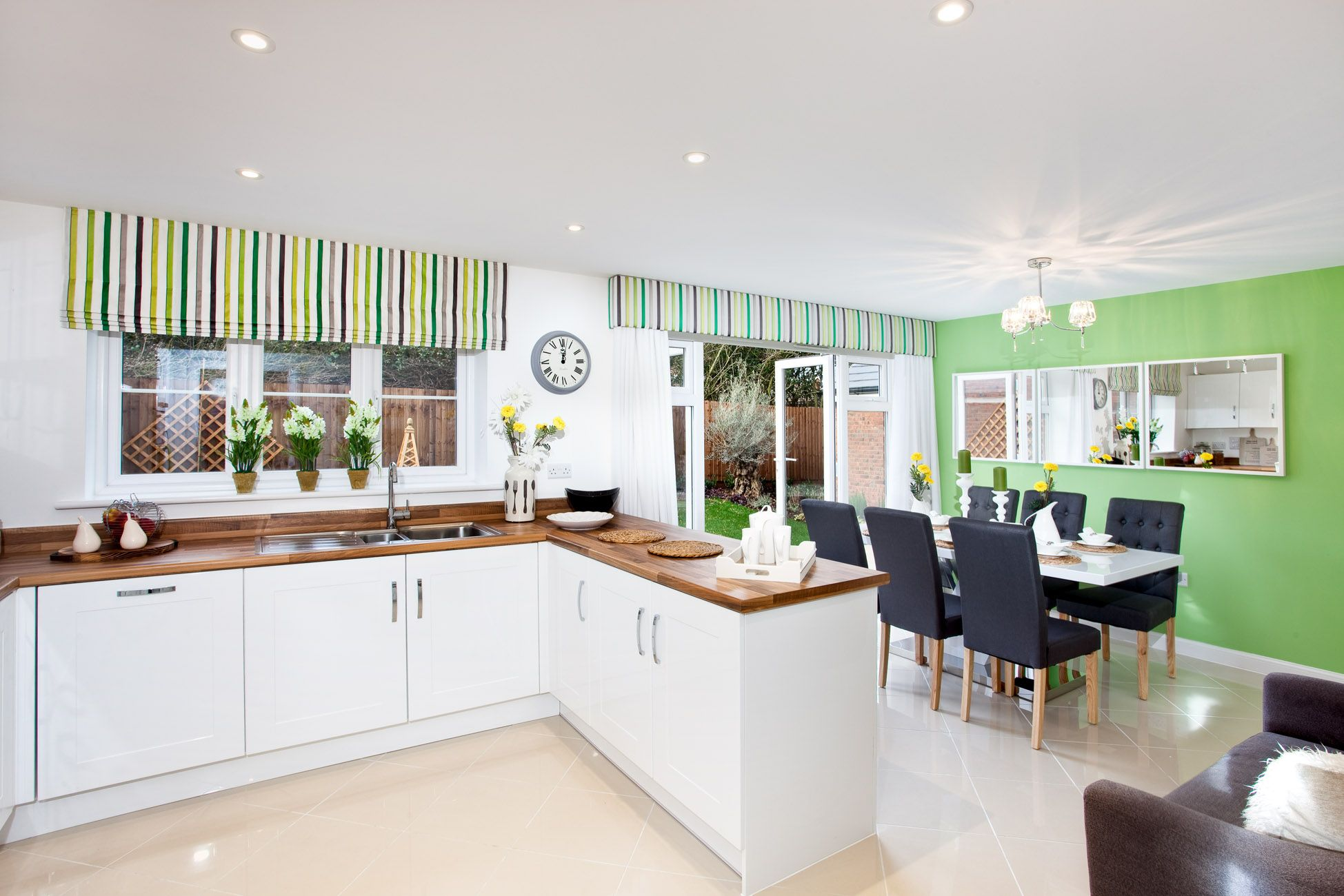 The Kitchen In The Arundel At Froghall Fields In Flitwick
