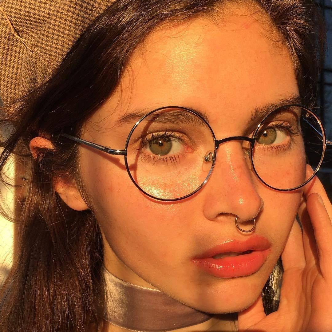 Septum piercing aesthetic  Pin by Daisy Hill on beauty  Pinterest