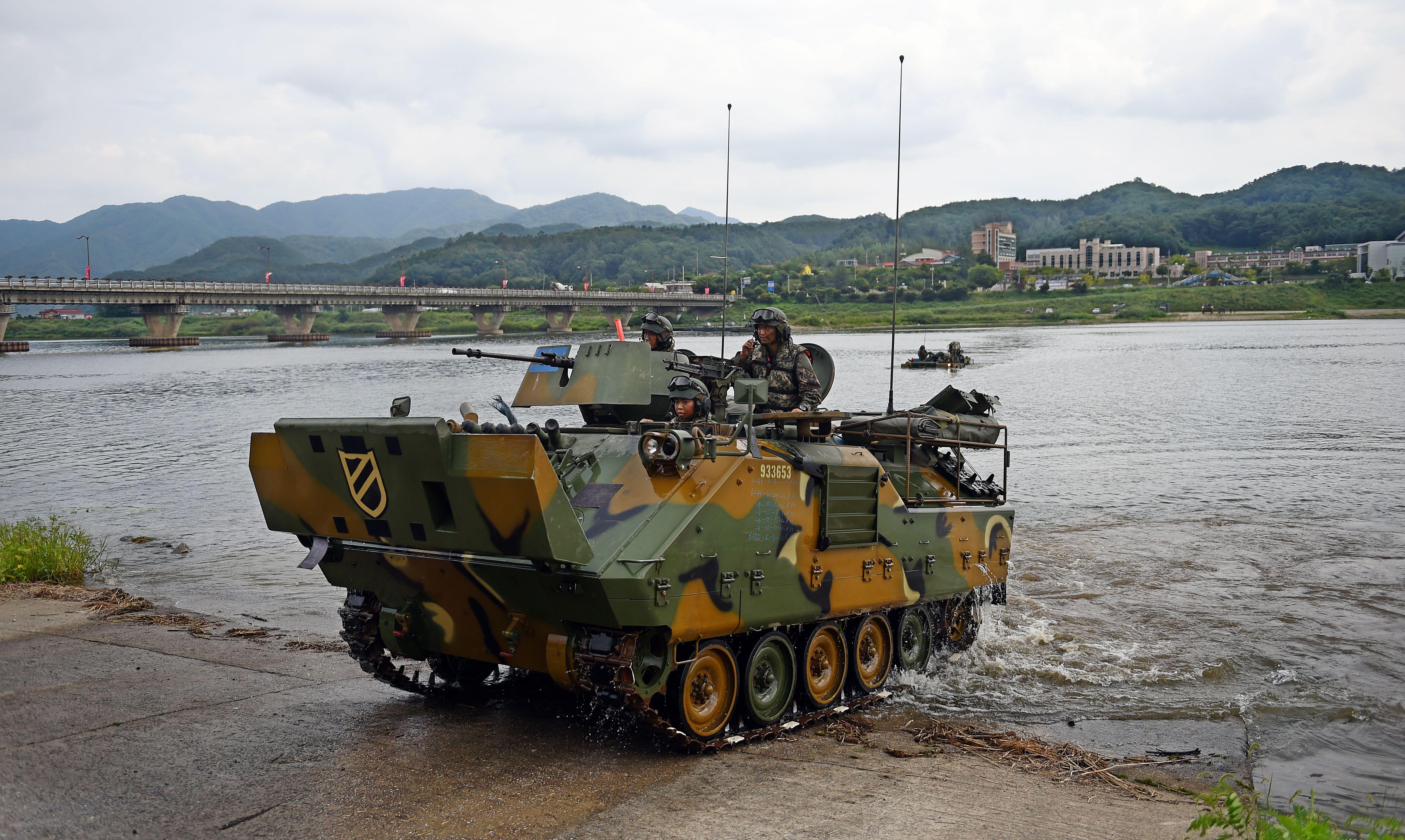 ROK Army K200 APC [4928 x 2946]