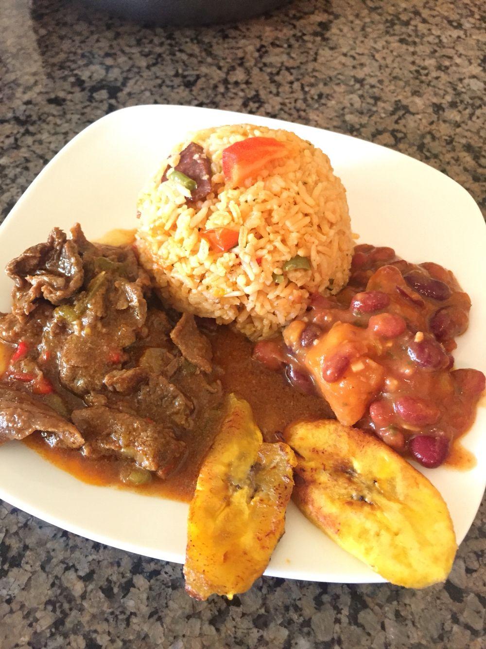 Steak In Sauce Spanish Rice Beans Plantains Cooking Recipes Spanish Rice And Beans Recipes