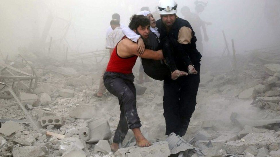 Media playback is unsupported on your device Media captionMembers of Syria's civil defence group, the White Helmets, have been evacuated by Israel Israel says it has carried out an evacuation of members of Syria's White Helmets civil defence group from a war zone in south-western...
