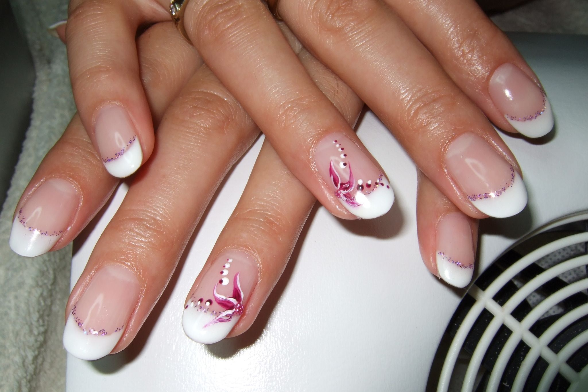 solar nail designs | Nageldesign Sch French... | Wedding Ideas ...