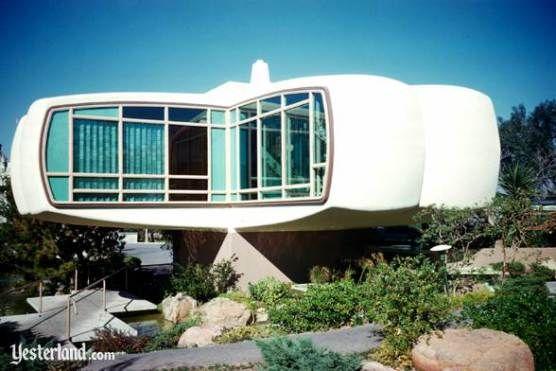 Monsanto House of the Future (1957)