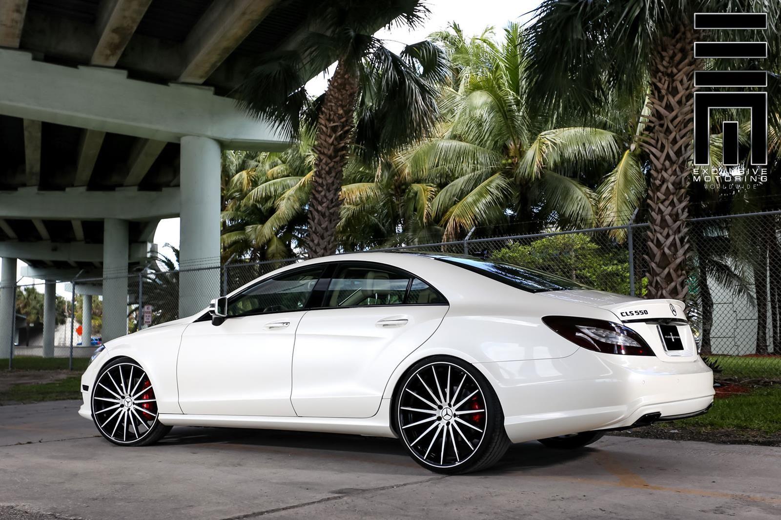 Mercedes benz w218 cls550 white on vossen vfs2 wheels