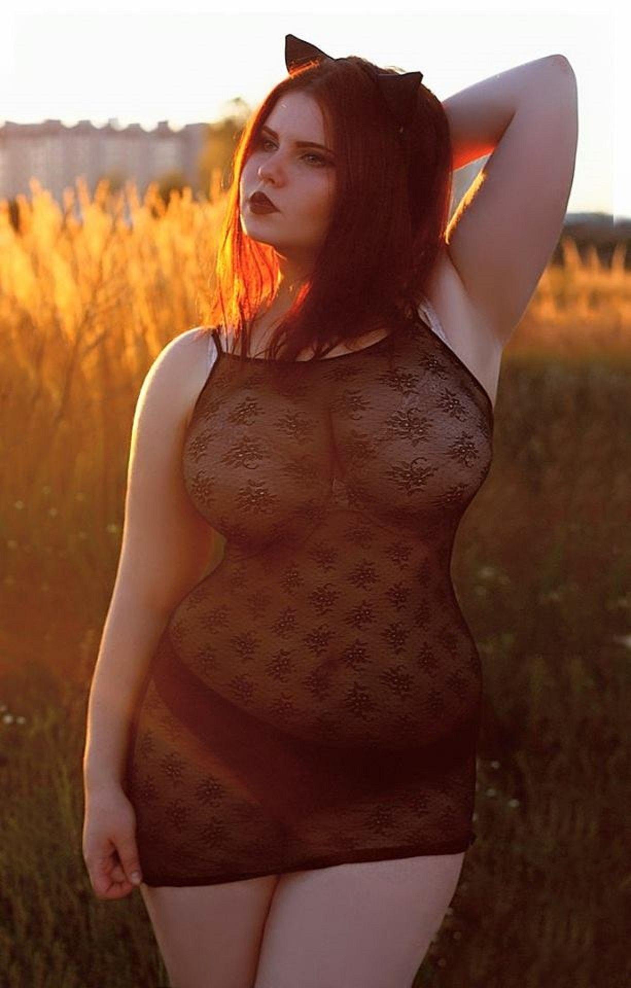 topless anna bernadina