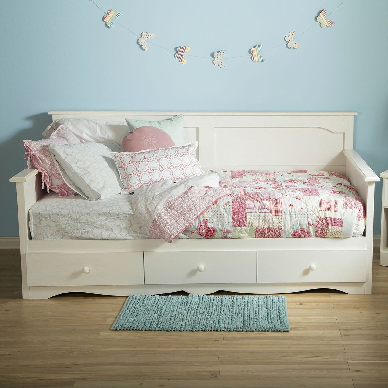 Twin Country Style White Wood Daybed with 3 Storage