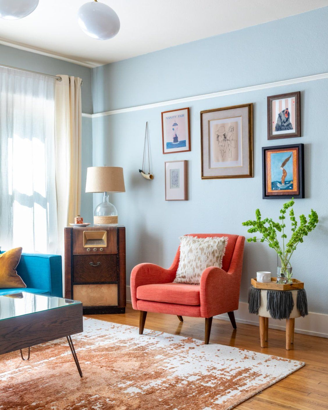 Use Gold To Bring Luxury To Your Living Room Light Blue Living Room Tan Couch Living Room Blue Living Room Decor