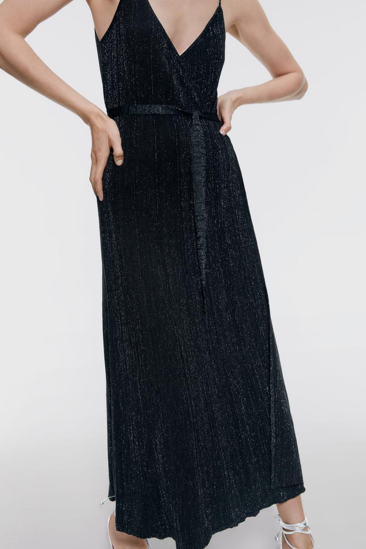 Pin von Rosie Eads auf fall 11  Kleider, Zara kleider, Abendkleid
