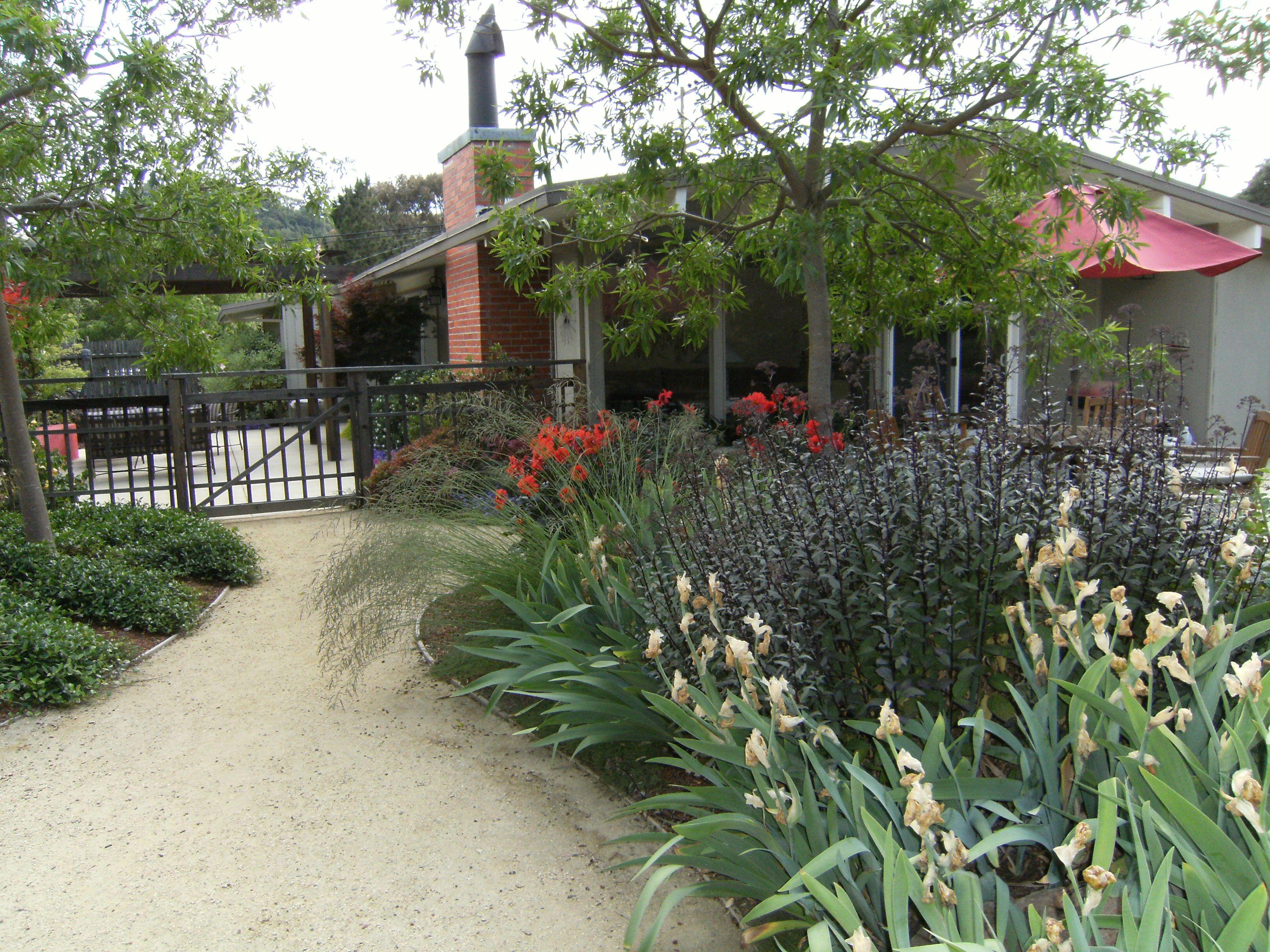 Decomposed Granite Patios   Decomposed granite patio ... on Decomposed Granite Backyard Ideas id=31799