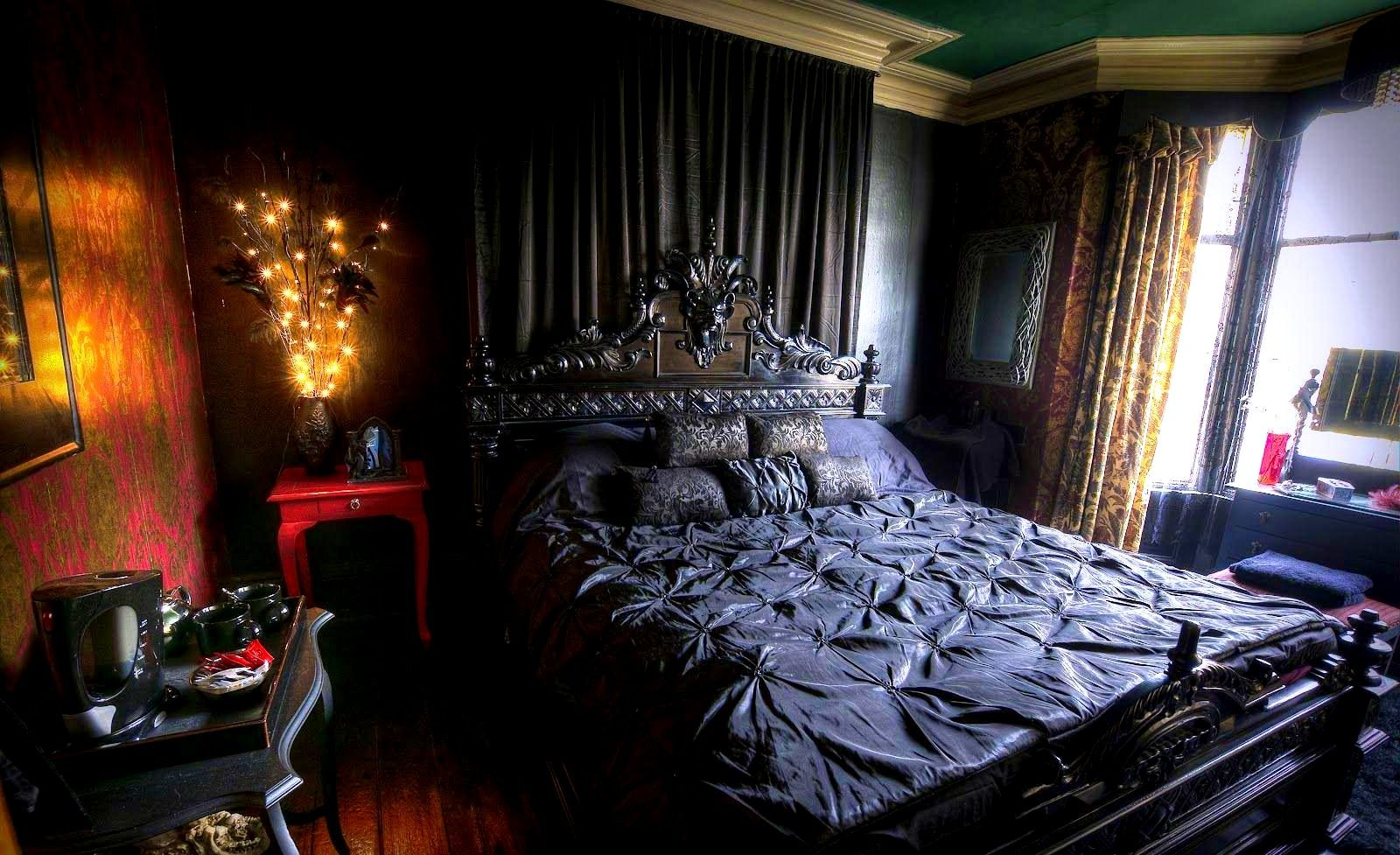 Bedroompleasant Image Of Girls Bedroom Sets Desks Gothic Style Twin Canopy Bed Desks Pleasant Imag Gothic Bedroom Furniture Gothic Decor Bedroom Gothic Bedroom