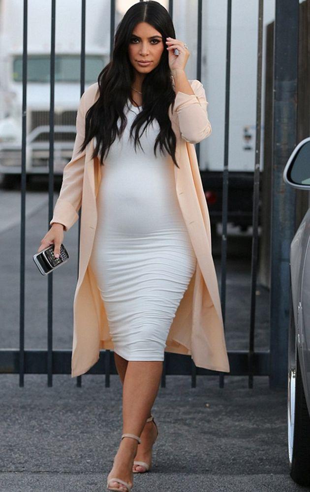 5936dcd52  moda  embarazadas  embarazo  premama  xxl  ropa  ideas  outfits   inspiracion  famosas  celebrities  celebridades  Kim  Kardashian   embarazada