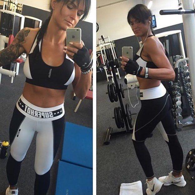 Legging e Top sucesso Superhot.  http://ift.tt/1PcILpP  www.fitzee.biz Whatsapp: 4191444587  Worldwide shipping  #missfitbrasil #lifestylefitness #lindaatetreinando #amamostreinar  #bestrong #girlswholift #beautiful #besuperhot #fitnessmotivation #girlswithmuscles #fitness #fitnesswear #gymlovers #dedication #motivation #gymlife #fitgirl #gethealthy #healthychoice #fitmotivation #youcandoit #gymtime #mulheresquetreinam #trainhard #fashionfitness #befit #fitzeestore #estilodevida…