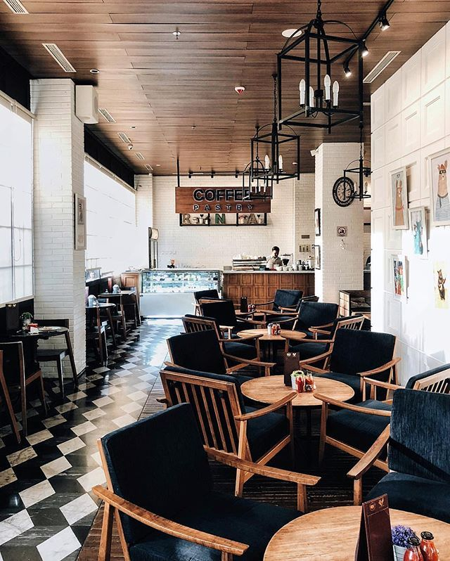 roasterandbear coffee lounge and kitchen. Have you been