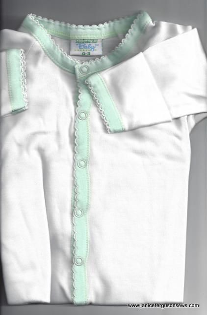 #96---$10 sleeper 0-3 mo.  Soft as butter Martha Pullen baby knit ready-to-embroider or as is.