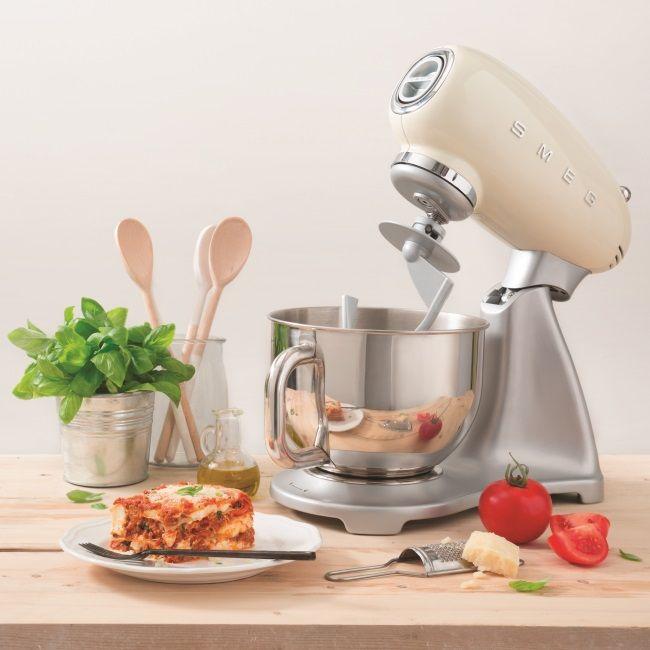 Mit der Küchenmaschine von SMEG vielfältige Gerichte selber kochen - kochen mit küchenmaschine