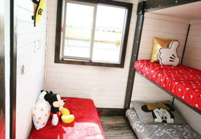 Check Out Another Huge Tiny House From Idahomes Tiny House