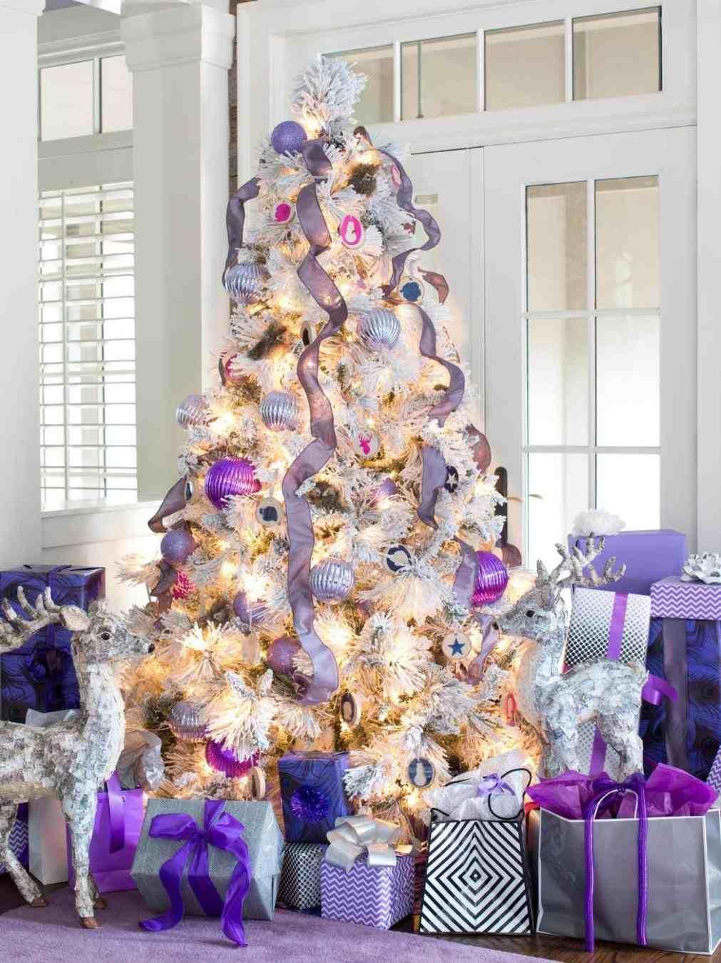New purple and gold white christmas tree at temasistemi home