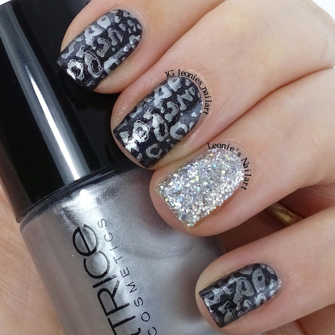 Silver and Glitz - Leonie's Nailart