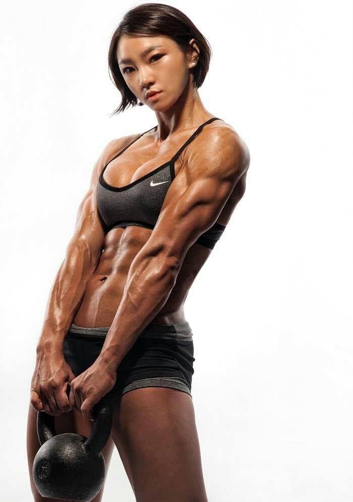 Asian muscular wom