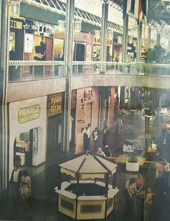 Tampa Bay Center Mall 1977 With Images Vintage Mall Abandoned
