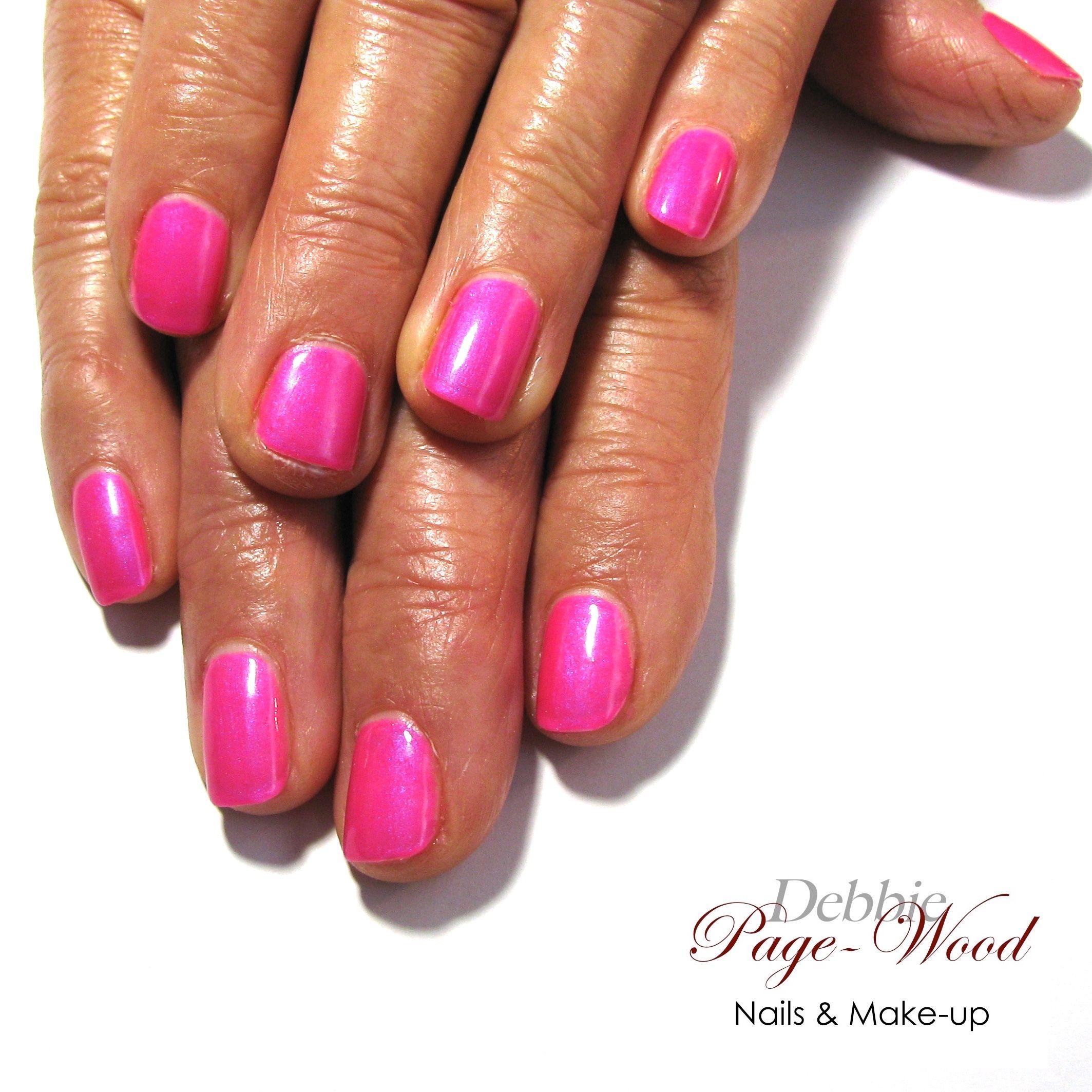Artistic colour gloss in polka dottie hottie a shimmery