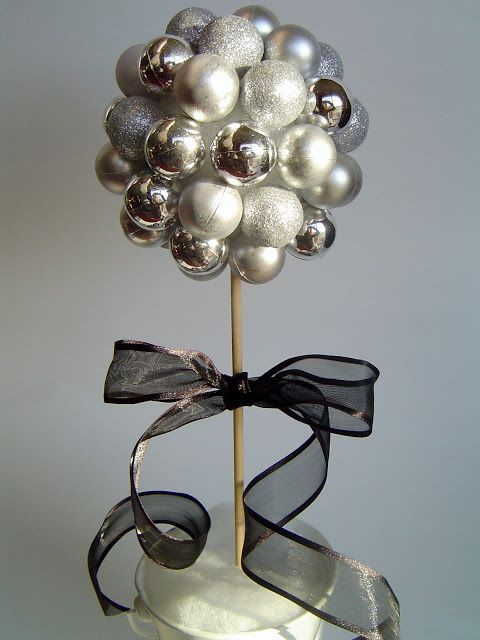 Silver Bells Christmas Decorations Cant Take Your Eyes Off The Awesome Jingle Bell Decor Ideas
