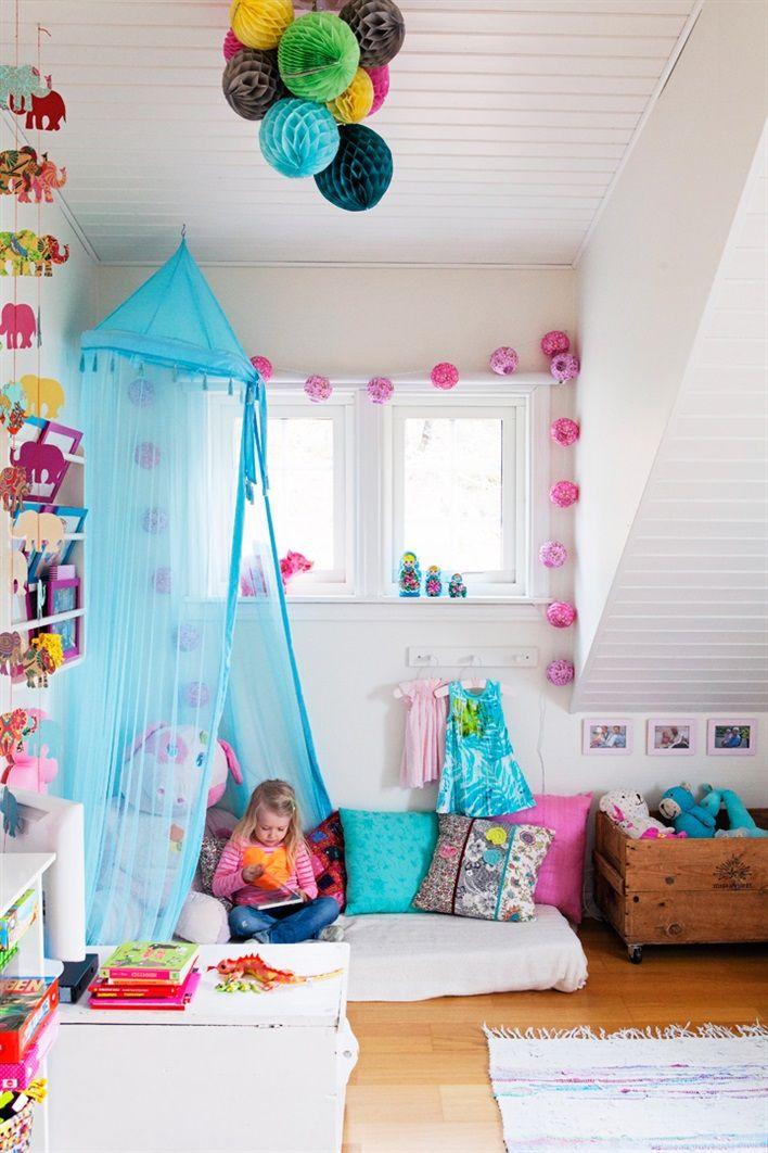 Bring on the colour habitacion adriana habitaciones - Habitaciones bebe pequenas ...