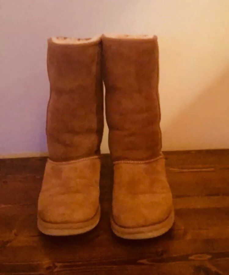 4621e08b121 Womens Ugg Boots Size 4/5 Classic Tall - Mercari: BUY & SELL THINGS ...