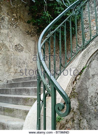 cast-iron-railing-on-external-stair-case-neoclassicism-in-style-nice-bt9mnd.jpg 390×540 pixels