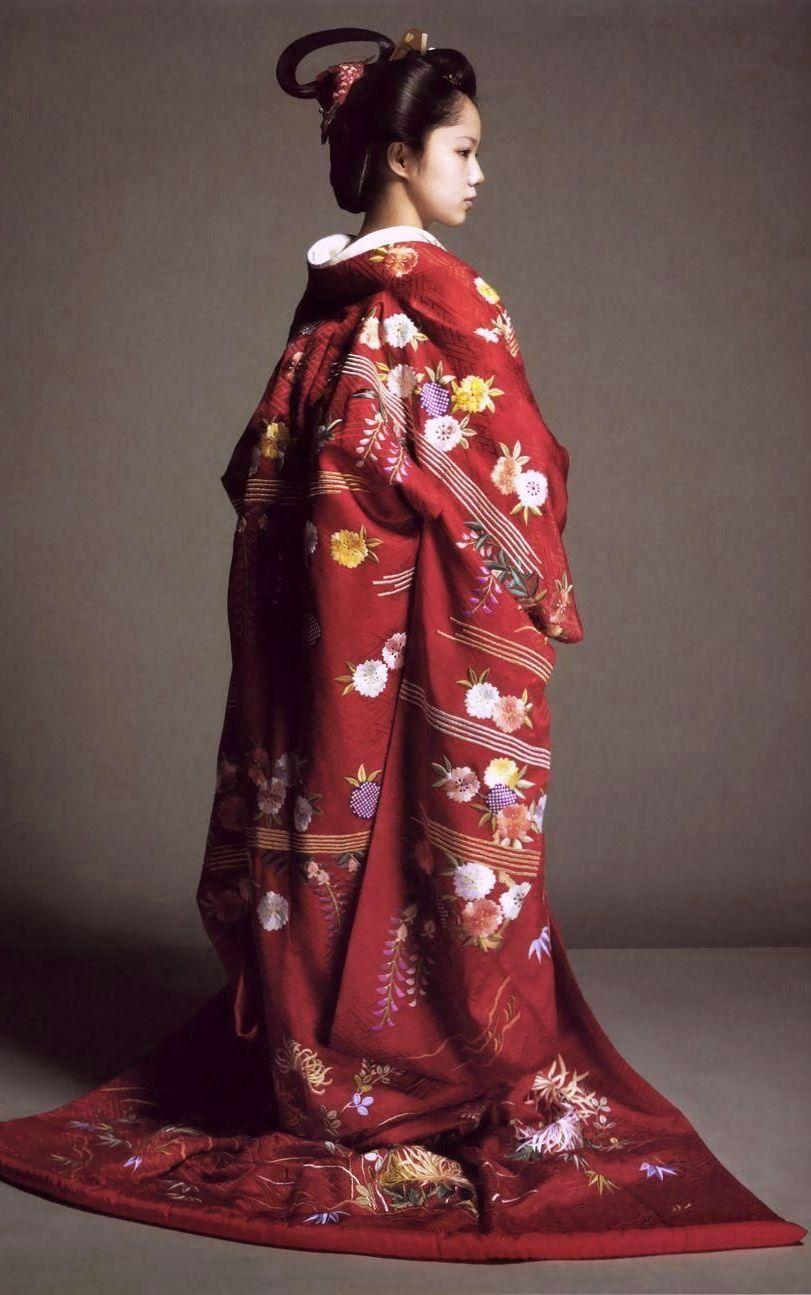 japanese actress aoi miyazaki as princess atsuhime in a 2008 tv