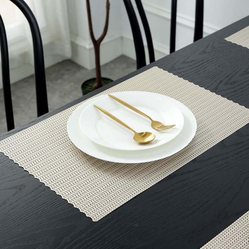 Bright Coloured Placemats Light Gold Round Vinyl Table Mats Manufacturer Sale Placemats Long Table Runner Table Mats