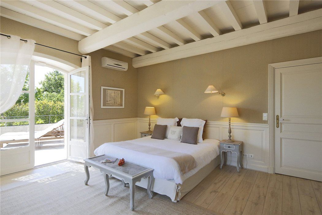 St remy de provence les alpilles provence d co de for Idee renovation chambre