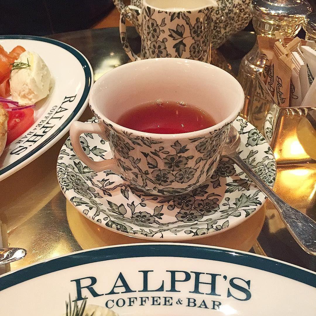 Good morning London breakfast at Ralph Lauren #motherdaughtergetaway#ralphlauren#poloralphlauren#ralphscoffee#preppy#preppyfamily