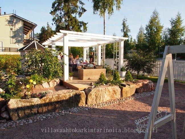 Maisema-arkkitehtuuria puutarhasta