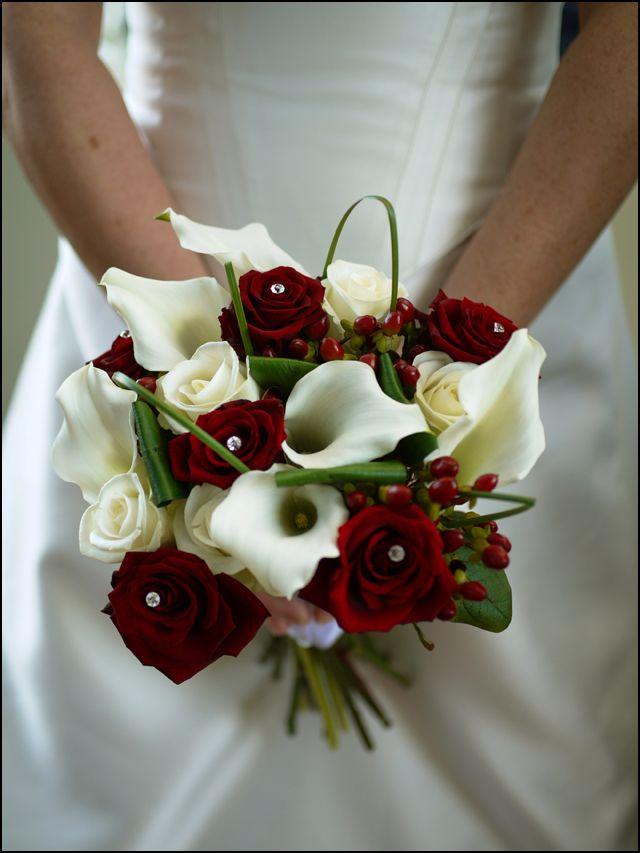 Washington dc wedding blog winter wedding design for Red wedding flower ideas